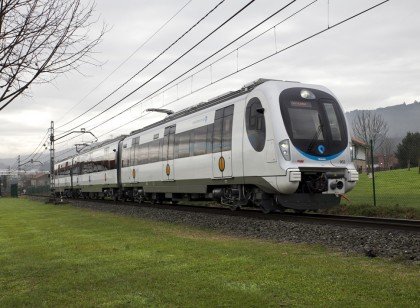 An innovative traction system for lighter and more efficient trains